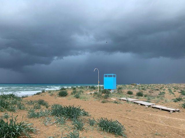 Lontano dalla tempesta