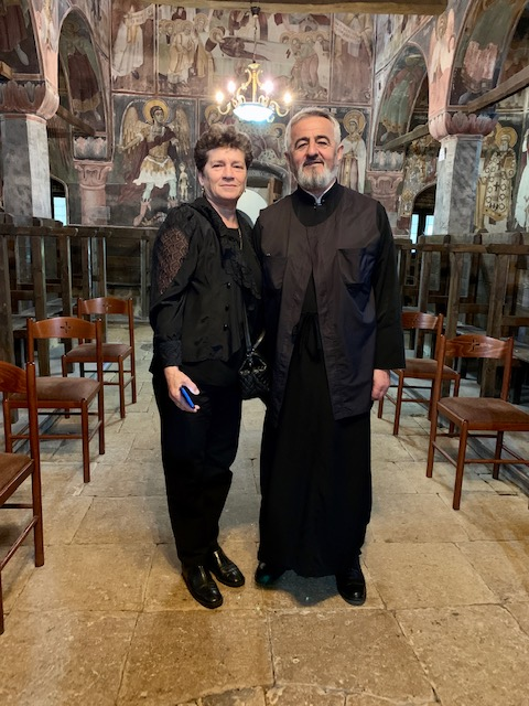 Julieta e Padre Rafaili